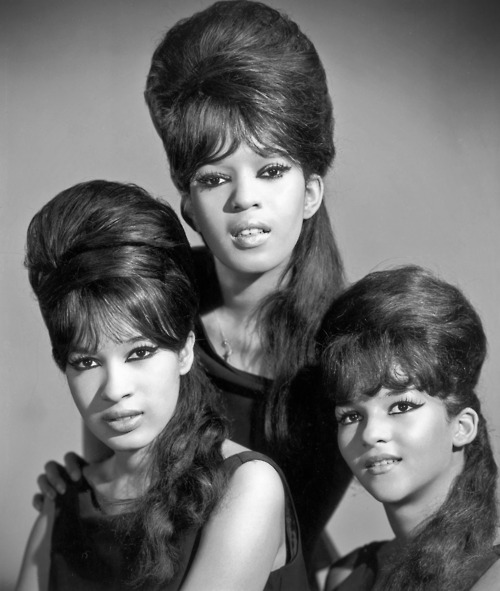 circa 1965:  Portrait of the American singing group The Ronettes, comprised of Estelle Bennett, Veronica Bennett, and Nedra Talley.  (Photo by Hulton Archive/Getty Images)