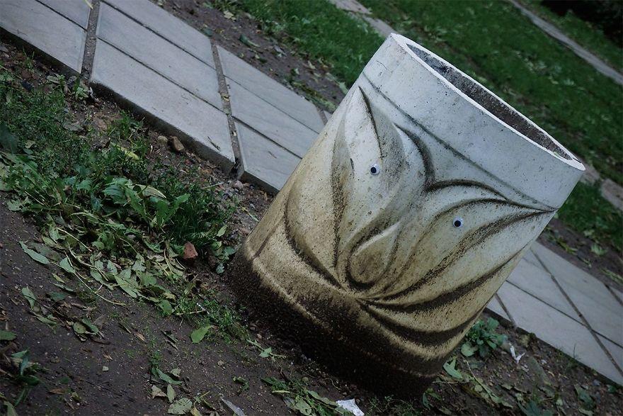 googly-eyebombing-street-art-bulgaria-102-592d2450b2441__880
