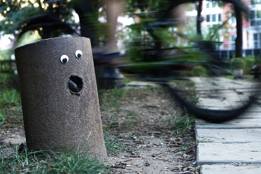 googly-eyebombing-street-art-bulgaria-66-592d23ece7cfb__880