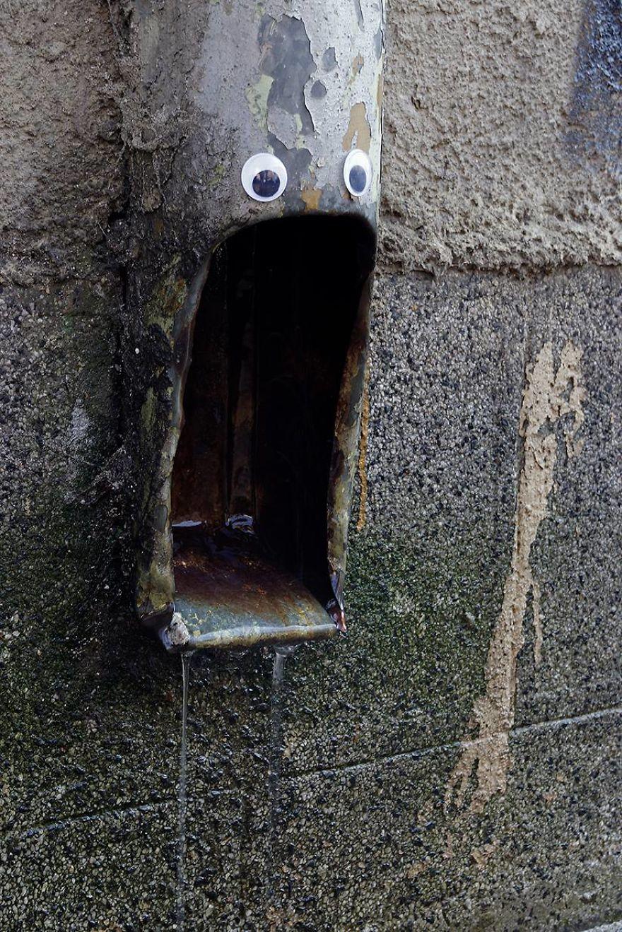 googly-eyebombing-street-art-bulgaria-95-592d243cc4129__880