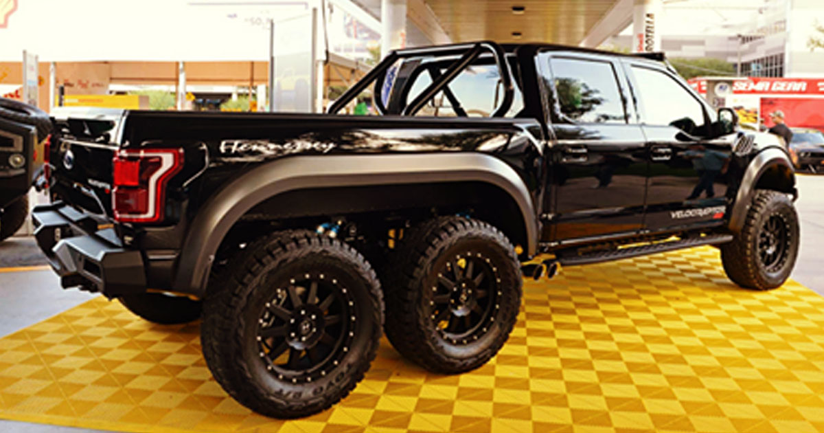Custom Built 2018 Ford Raptor 'The Velociraptor' Is A 6×6 Beast - us.abrozzi.com