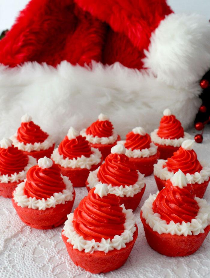creative-holiday-cupcake-recipes-240-5a2e49f127af9__700